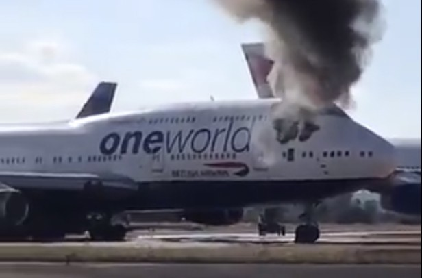 Se incendia un jumbo de British Airways estacionado en España