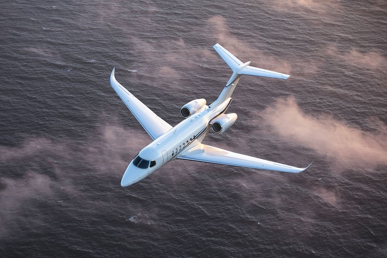 Business Planes 2020: Cessna Longitude